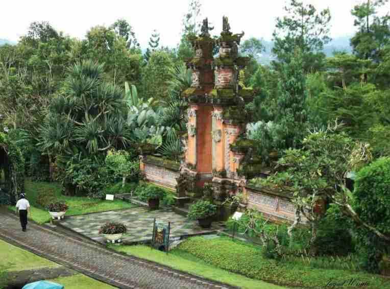 Taman Bali Taman Bunga Nusantara