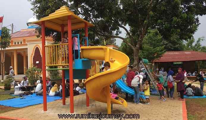 Wahana Playground taman herbal insani