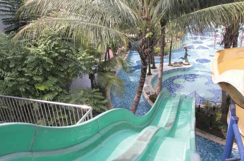 Croc's Racer Slide