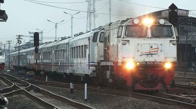 Kereta Api Argo Sindoro
